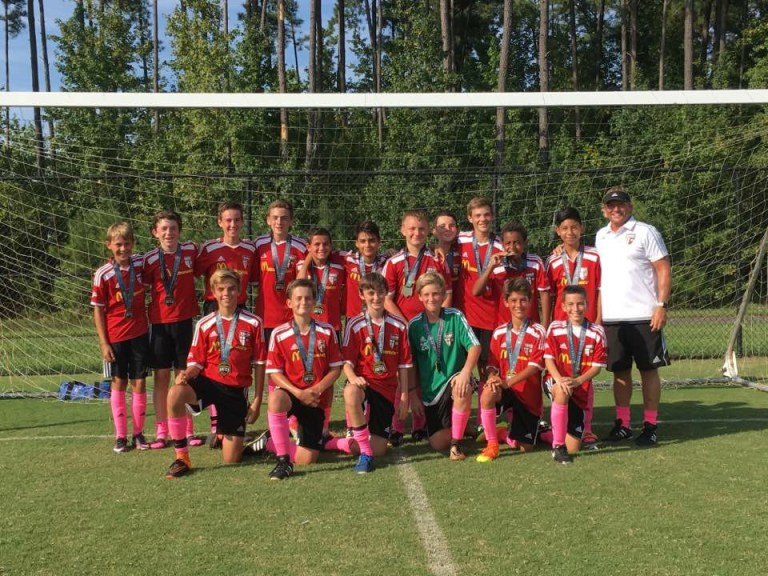 Coast 03 red Champs